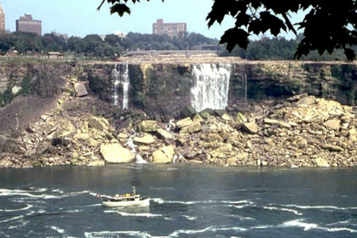Turn off Niagara Falls