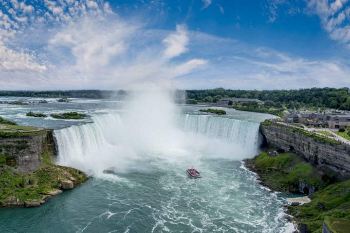 voyage-to-the-falls