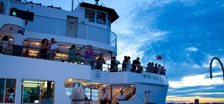 private-events-statue-cruises